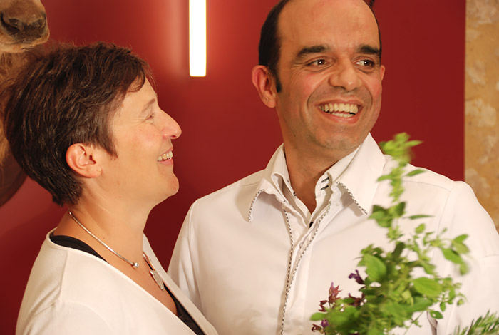 Sophie et Christophe Lunais, propriétaires de l'auberge de Montpoupon